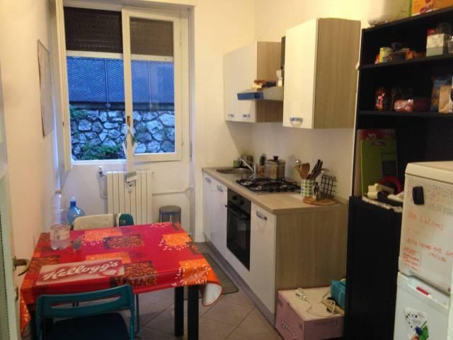 Appartamento in affitto a Como, 3 locali, zona Zona: 1 . Centro - Centro Storico, prezzo € 650 | CambioCasa.it