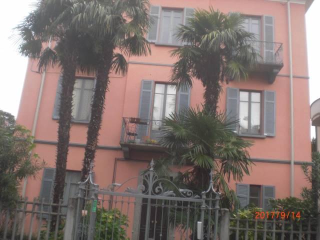 Appartamento in affitto a Como, 1 locali, zona Zona: 1 . Centro - Centro Storico, prezzo € 500 | CambioCasa.it