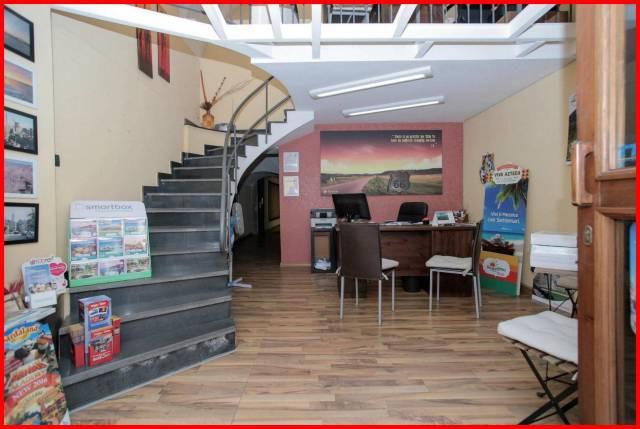 Negozio / Locale in vendita a Catania, 2 locali, prezzo € 129.000 | CambioCasa.it