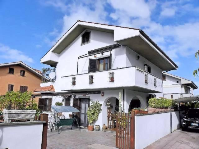Villa in vendita a Ciampino, 3 locali, prezzo € 320.000   CambioCasa.it