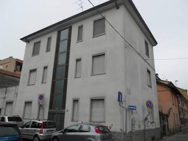 Palazzo / Stabile in Vendita a San Giuliano Milanese