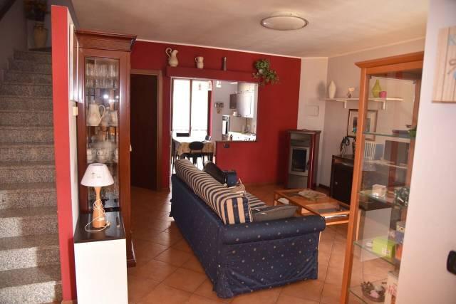 Villa a Schiera in vendita a Terranova dei Passerini, 4 locali, prezzo € 158.000 | CambioCasa.it
