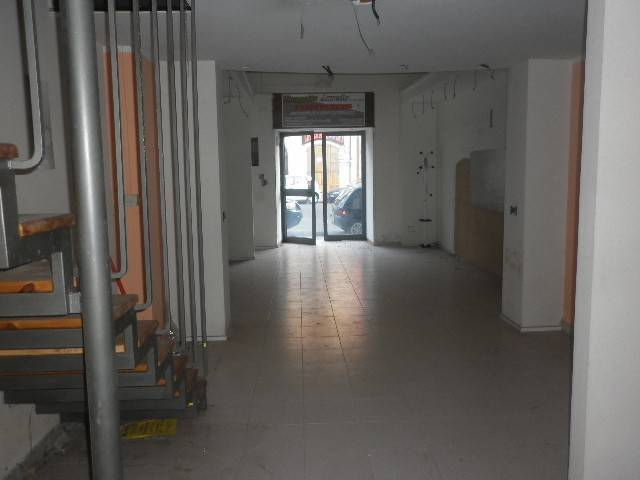 Negozio / Locale in Affitto a Mercato San Severino