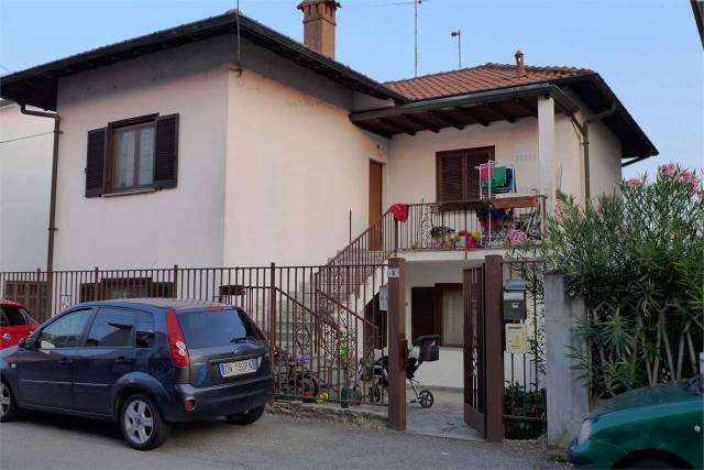 Appartamento in vendita a Abbiategrasso, 3 locali, prezzo € 142.000 | CambioCasa.it