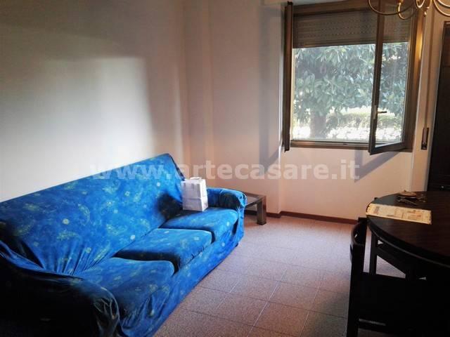 Appartamento in affitto a Garbagnate Milanese, 2 locali, prezzo € 650 | CambioCasa.it
