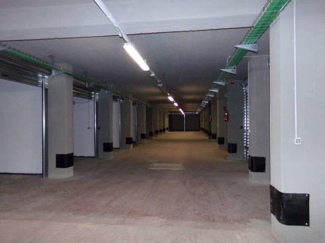 Box / Garage in affitto a Firenze, 9999 locali, zona Zona: 18 . Settignano, Coverciano, prezzo € 200 | CambioCasa.it