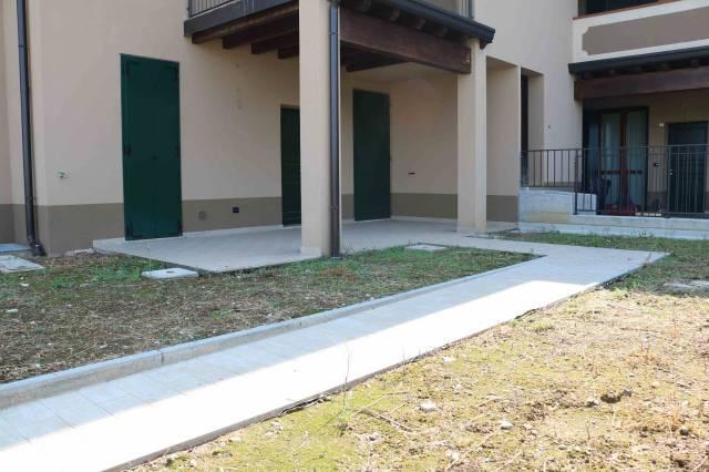 Villa in vendita a Montichiari, 5 locali, prezzo € 200.000 | CambioCasa.it