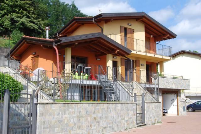 Villa in vendita a Comerio, 6 locali, prezzo € 730.000 | CambioCasa.it