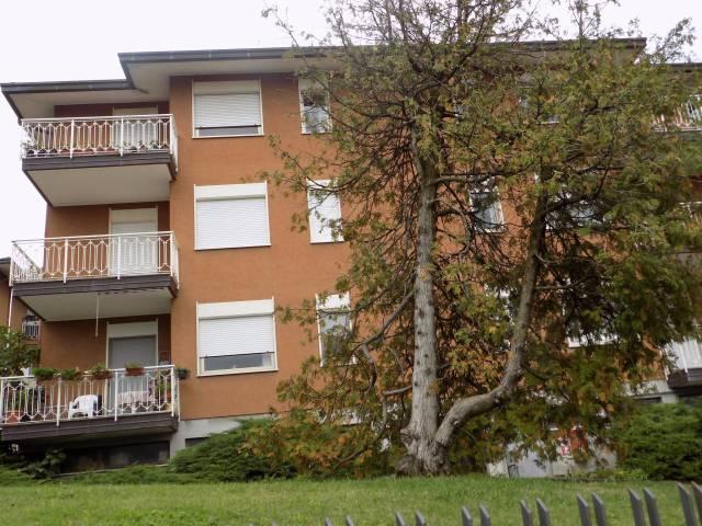 Appartamento in vendita a Villa Guardia, 3 locali, prezzo € 125.000 | CambioCasa.it
