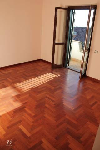 Villa in affitto a Albano Laziale, 6 locali, prezzo € 1.500 | CambioCasa.it