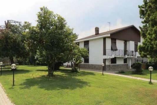Villa in Vendita a Venaria Reale