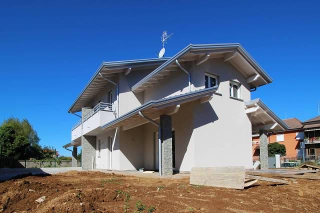 Villa in vendita a Cermenate, 4 locali, prezzo € 425.000 | CambioCasa.it