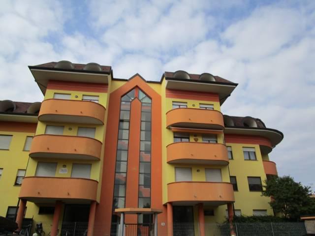 Appartamento in affitto a Borgomanero, 1 locali, prezzo € 400 | CambioCasa.it