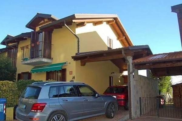 Villa a Schiera in Vendita a Castagneto Po