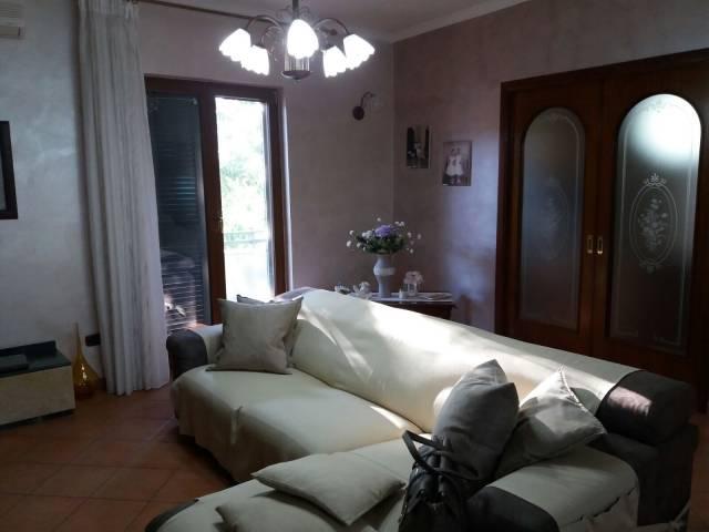 Appartamento in vendita a Sant'Antimo, 5 locali, prezzo € 180.000   CambioCasa.it