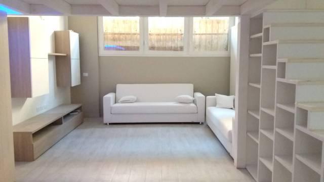 Loft / Openspace in vendita a Milano, 2 locali, prezzo € 195.000 | CambioCasa.it