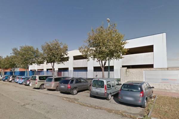 Capannone in vendita a Grugliasco, 9999 locali, prezzo € 700.000 | CambioCasa.it