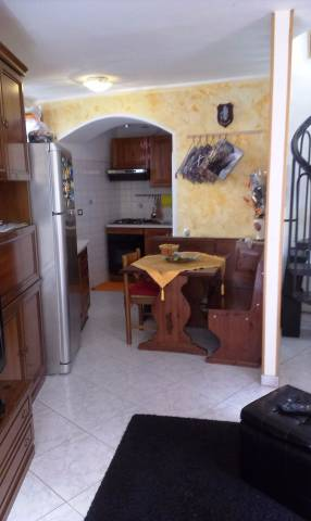 Soluzione Indipendente in vendita a Lecco, 2 locali, prezzo € 83.000 | CambioCasa.it