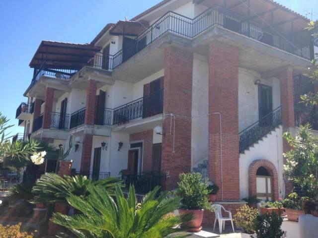 Appartamento in vendita a Fondi, 3 locali, prezzo € 58.000 | CambioCasa.it