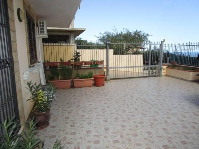 Appartamento in vendita a Villabate, 6 locali, prezzo € 220.000 | CambioCasa.it