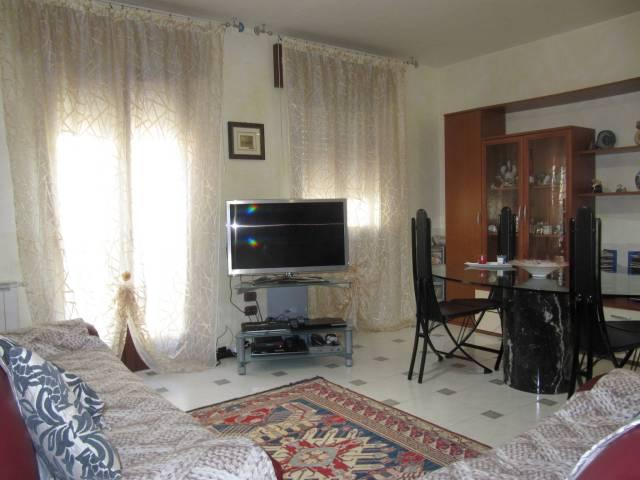 Appartamento in vendita a Chioggia, 6 locali, prezzo € 220.000 | CambioCasa.it