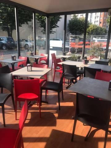 Bar in vendita a Pinerolo, 3 locali, prezzo € 90.000 | CambioCasa.it