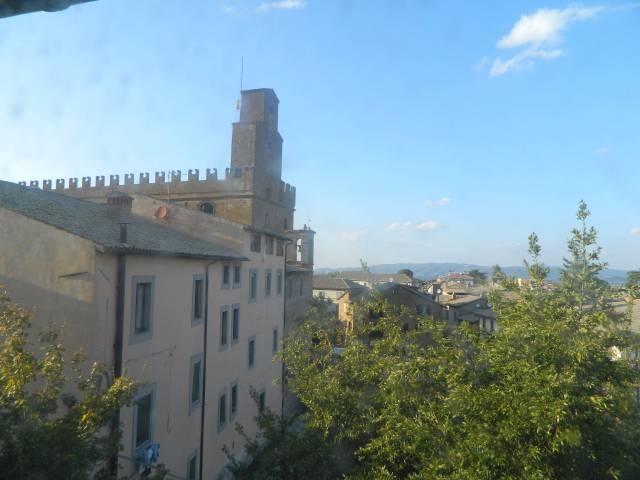 Appartamento in vendita a Orvieto, 4 locali, prezzo € 190.000 | CambioCasa.it
