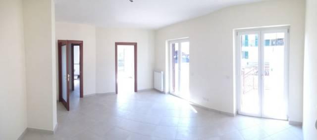 Appartamento in vendita a Fondi, 3 locali, prezzo € 210.000 | CambioCasa.it