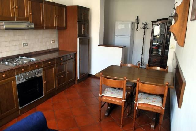Appartamento in affitto a Alba, 3 locali, prezzo € 430 | CambioCasa.it