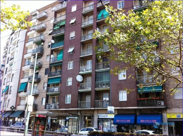 Appartamento in vendita a Milano, 2 locali, prezzo € 225.000 | CambioCasa.it
