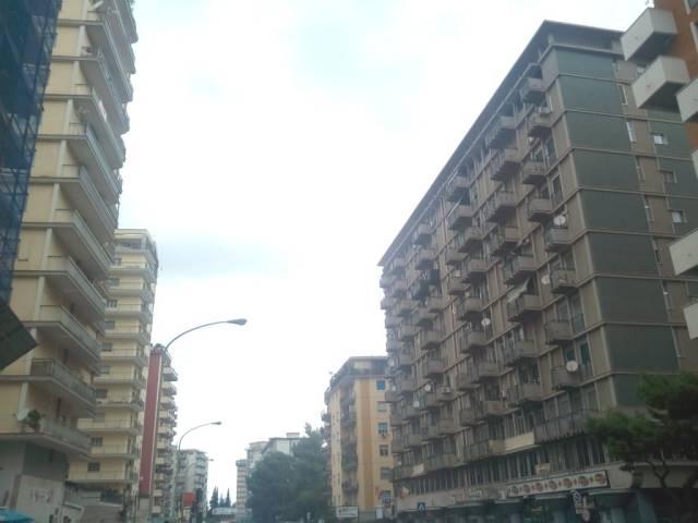 Appartamento in affitto a Palermo, 3 locali, prezzo € 650 | CambioCasa.it