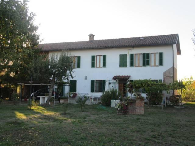 Rustico / Casale in vendita a Cassine, 5 locali, Trattative riservate | CambioCasa.it