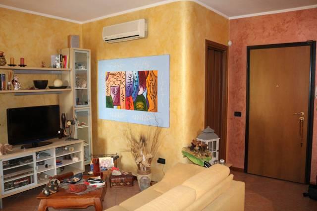 Appartamento in vendita a Rezzato, 2 locali, prezzo € 95.000 | CambioCasa.it