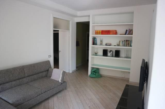 Appartamento in affitto a Verbania, 3 locali, prezzo € 700 | CambioCasa.it