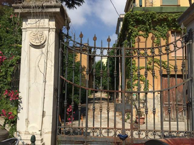 Villa in vendita a Napoli, 9999 locali, zona Zona: 1 . Chiaia, Posillipo, San Ferdinando, Trattative riservate | CambioCasa.it