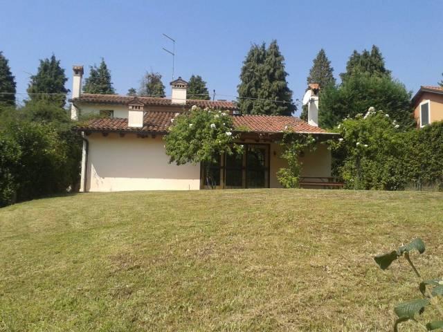 Rustico / Casale in vendita a Arcugnano, 5 locali, prezzo € 380.000 | CambioCasa.it