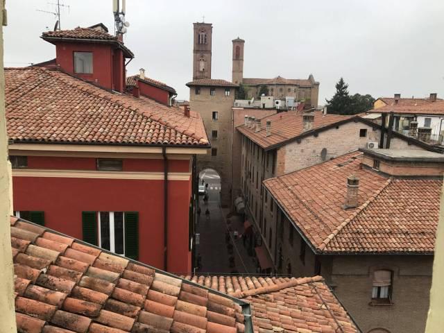 Attico / Mansarda in vendita a Bologna, 2 locali, zona Zona: 1 . Centro Storico, prezzo € 280.000 | CambioCasa.it
