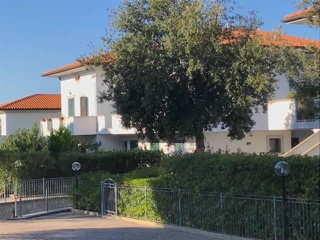 Appartamento in affitto a Rosignano Marittimo, 4 locali, prezzo € 650 | CambioCasa.it