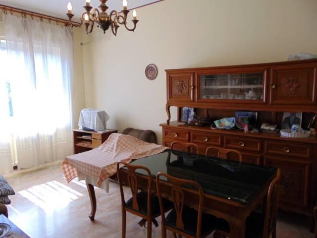 Appartamento in vendita a Nizza Monferrato, 2 locali, prezzo € 85.000 | CambioCasa.it