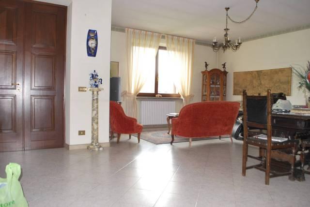 Villa a Schiera in affitto a Guarene, 6 locali, prezzo € 650 | CambioCasa.it