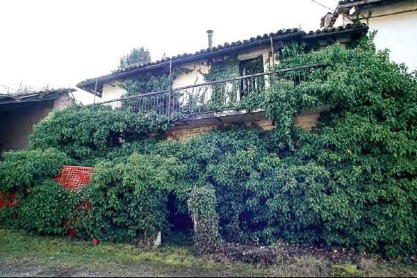 Rustico / Casale in vendita a Pino Torinese, 6 locali, prezzo € 220.000 | CambioCasa.it