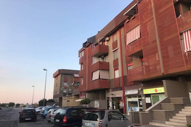 Ufficio / Studio in affitto a Valenzano, 2 locali, prezzo € 520 | CambioCasa.it