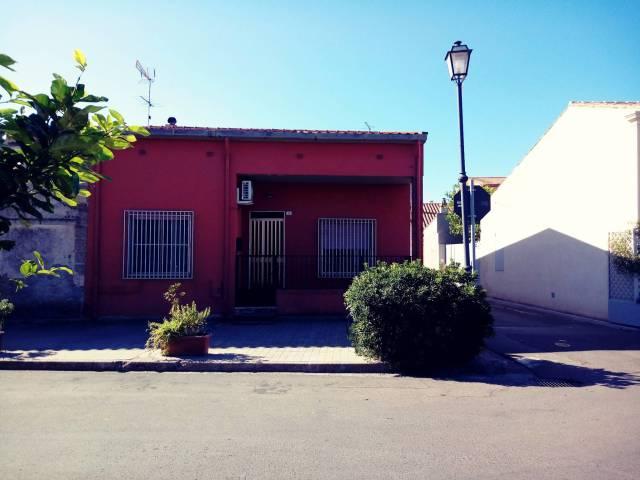 Soluzione Indipendente in vendita a Riola Sardo, 4 locali, prezzo € 145.000 | CambioCasa.it