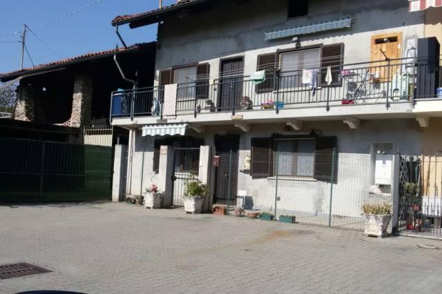 Villa in vendita a Castellamonte, 4 locali, prezzo € 58.000 | CambioCasa.it