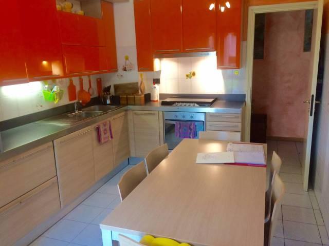 Appartamento in vendita a Montorfano, 3 locali, prezzo € 125.000 | CambioCasa.it