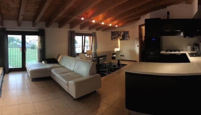 Attico / Mansarda in vendita a Rodengo-Saiano, 3 locali, prezzo € 169.000 | CambioCasa.it