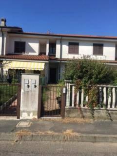 Villa a Schiera in Vendita a Saronno