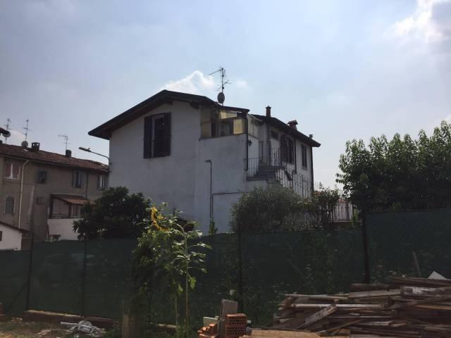 Appartamento in affitto a Correzzana, 3 locali, prezzo € 600 | CambioCasa.it