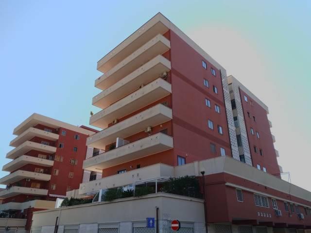 Appartamento in vendita a Bari, 6 locali, prezzo € 325.000 | CambioCasa.it