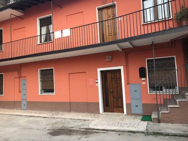 Appartamento in affitto a Gussago, 2 locali, prezzo € 400 | CambioCasa.it